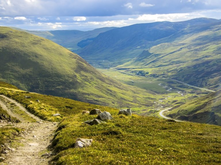 Aberdeen to Edinburgh Private Tour/Transfer - Glenshee