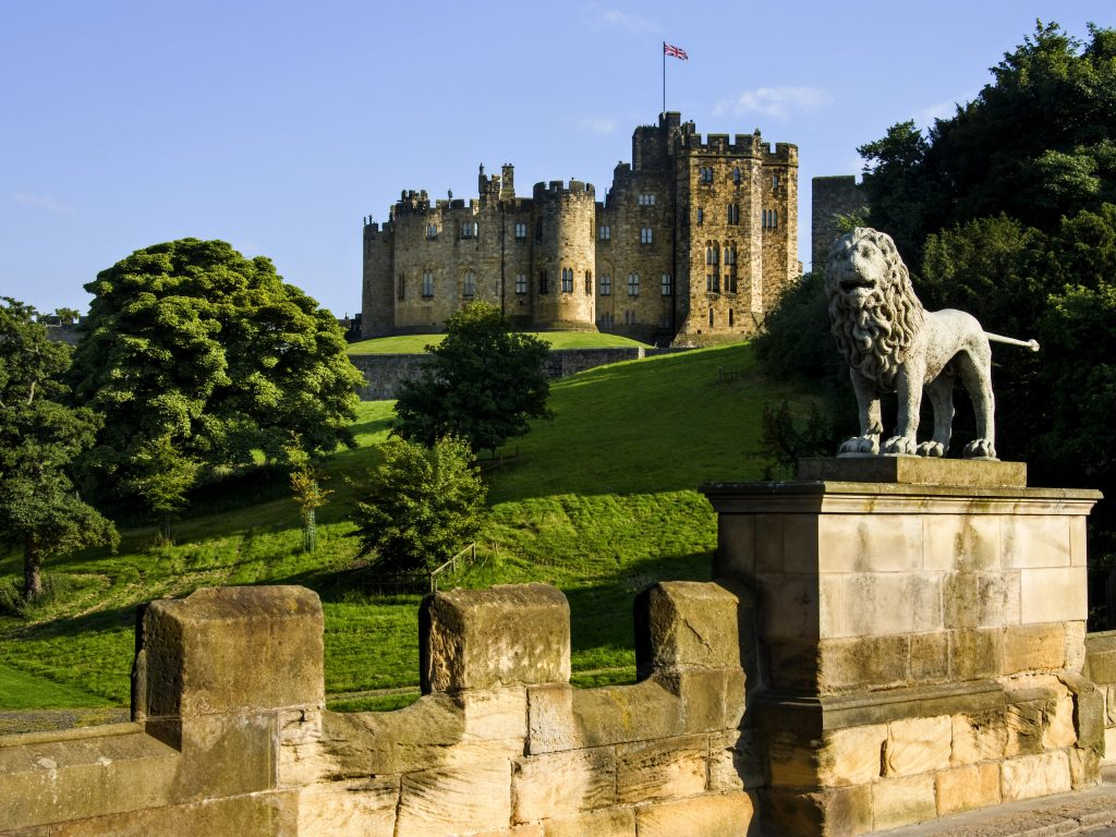Harry Potter Private Tour Scotland - Alnwick Castle