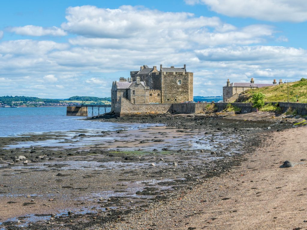 Outlander Short Tours - Blackness Castle