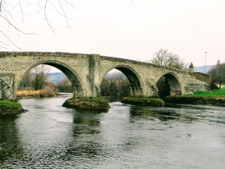 Stirling Tours - Old Bridge