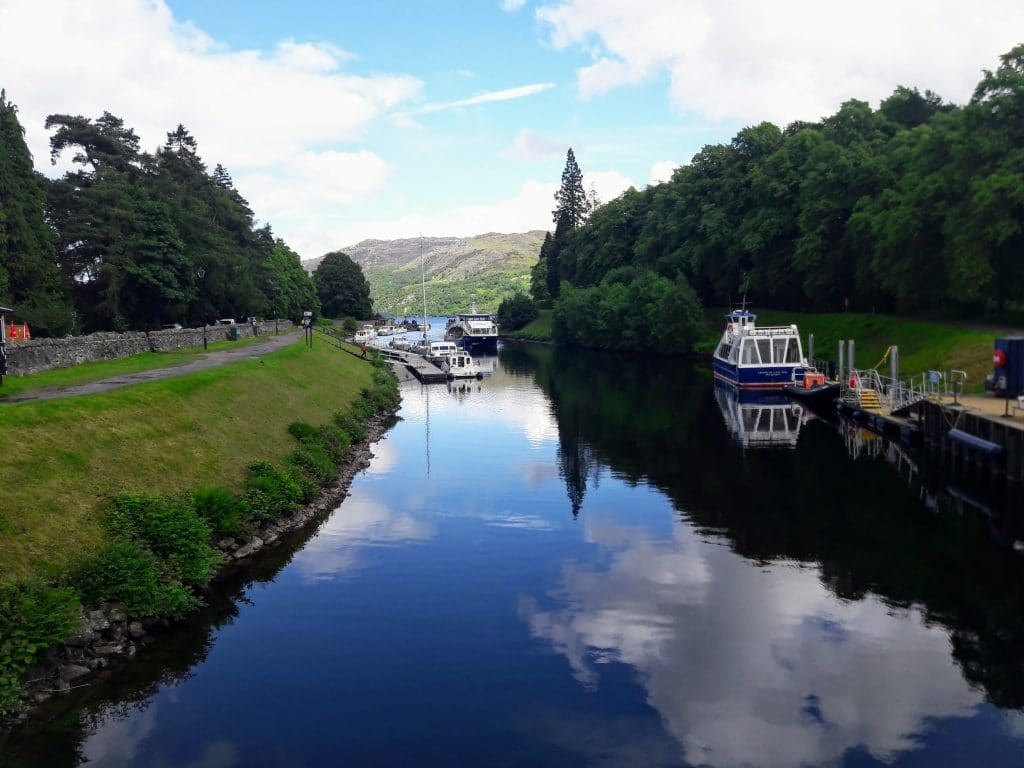 Glasgow to Inverness Tour Transfer - Fort Augustus